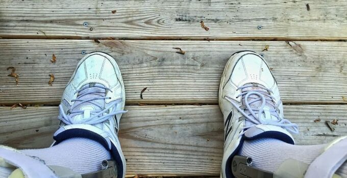 best shoes for foot drop